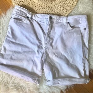 Land's End Mid Rise Rolled Cuff Jean Shorts